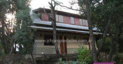 C07 Dos casas y un galpón en venta en Barrio Norte – VILLA LA ANGOSTURA